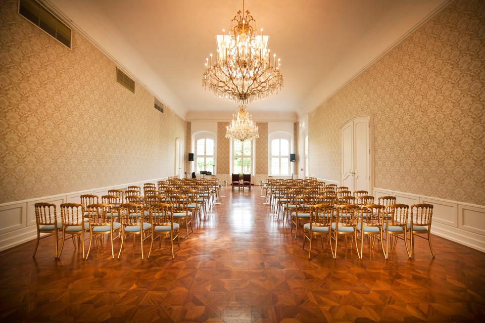 ffnungszeiten / Eintrittspreise Schlosspark - Schloss Laxenburg